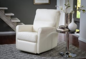 Pinecrest Leather Recliner Room
